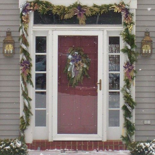 Christmas Holiday Décor, Exterior, Front Entrance, Decorated Garland, Swag