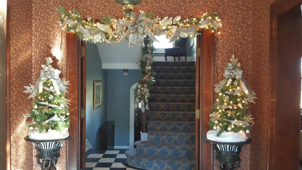 Home Holiday Decor Christmas Decor Milwaukee Wi